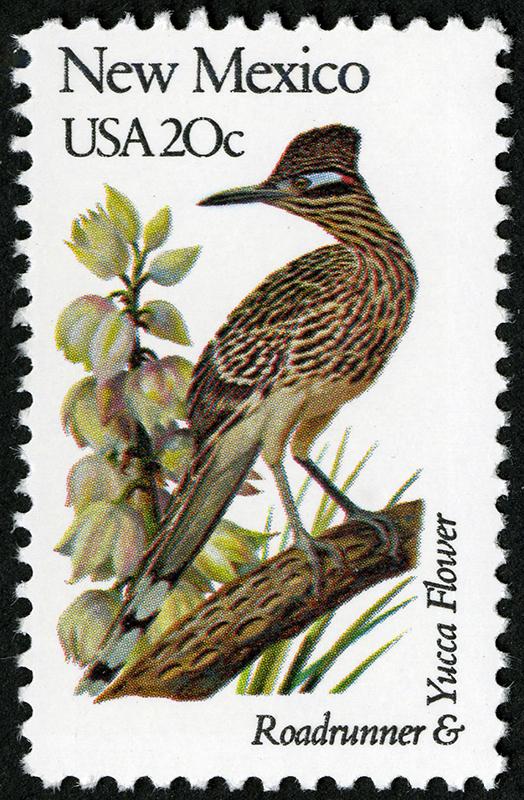 Sello Correcaminos y Flor de la yuca. Serie de sellos Pájaros y flores del estado, correspondiente a Nuevo México (1982).