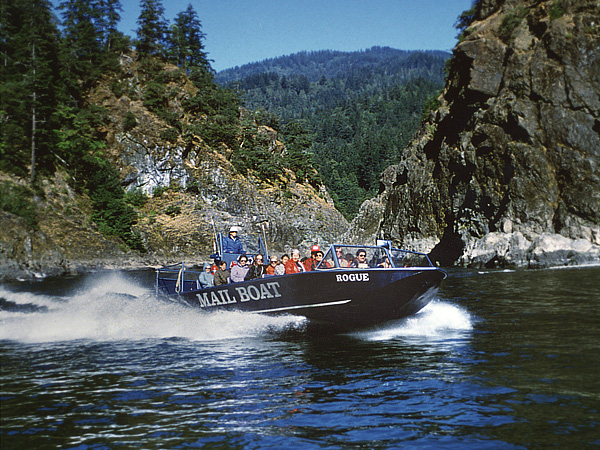 photo of mailboat on Rogue River, Oregon